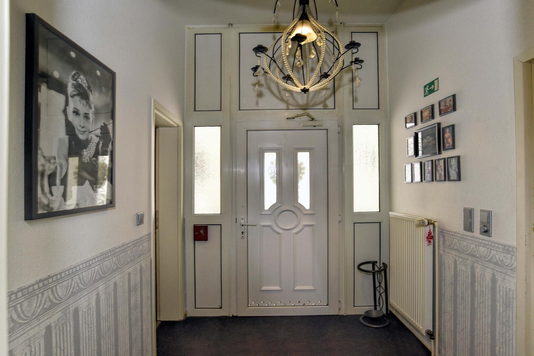 Salon Cora Flur unten1a