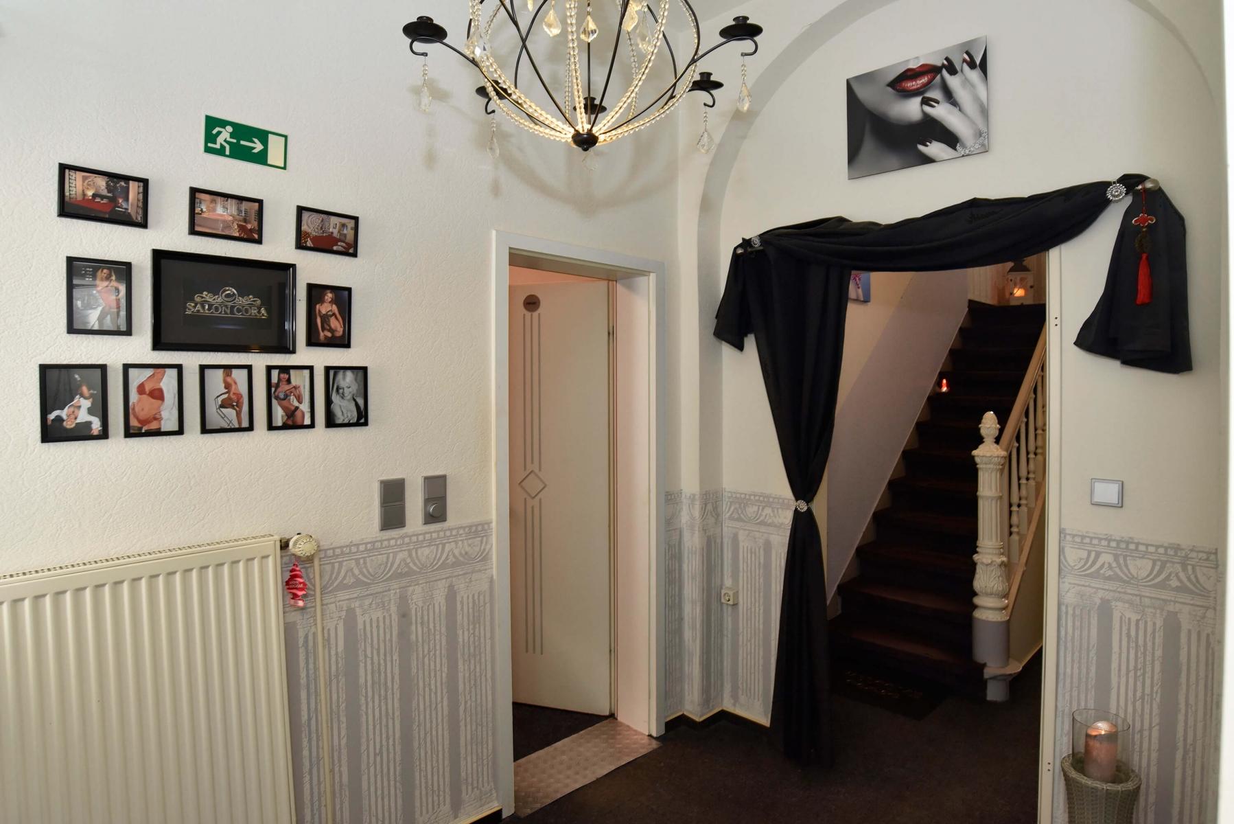 Salon Cora Flur unten1b